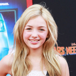 Peyton List (II) in The Los Angeles Premiere of 'Mars Needs Moms!'