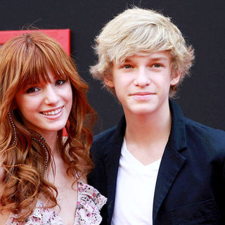 Bella Thorne, Cody Simpson in The Los Angeles Premiere of 'Mars Needs Moms!'