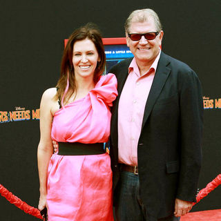 Leslie Harter, Robert Zemeckis in The Los Angeles Premiere of 'Mars Needs Moms!'