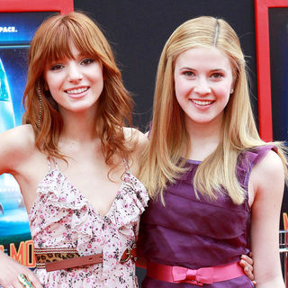 Bella Thorne, Caroline Sunshine in The Los Angeles Premiere of 'Mars Needs Moms!'