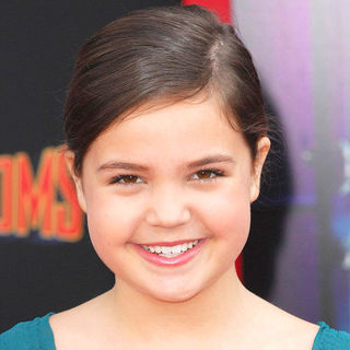 Bailee Madison in The Los Angeles Premiere of 'Mars Needs Moms!'