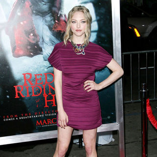 Amanda Seyfried - Los Angeles Premiere of Warner Bros. Pictures