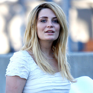 Mischa Barton in Mischa Barton, Wearing No Make-Up, Returns to Her Car After Visiting Rite Aid Pharmacy