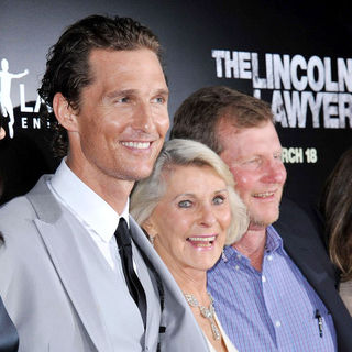 Matthew McConaughey, Mary Kathleen McCabe, Rooster McConaughey in Screening of Lionsgate & Lakeshore Entertainment's 'The Lincoln Lawyer'
