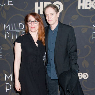 "Jo Andres, Steve Buscemi in The New York Premiere of ""Mildred Pierce"" - Arrivals"
