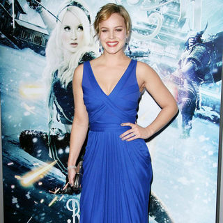 "Abbie Cornish in Warner Bros. Pictures Los Angeles Premiere of ""Sucker Punch"""