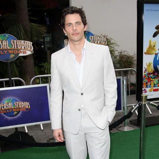 James Marsden in Los Angeles Premiere of 'Hop'