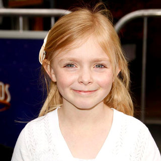 Elsie Fisher in Los Angeles Premiere of 'Hop'
