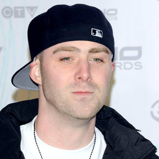 Classified in 2011 JUNO Awards - Arrivals