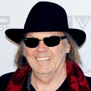 Neil Young in 2011 JUNO Awards - Arrivals