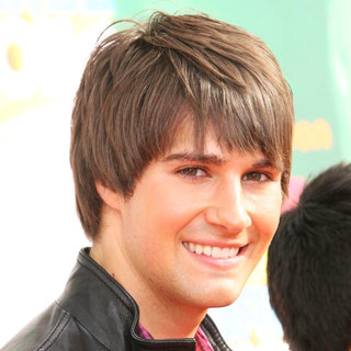 James Maslow, Big Time Rush in Nickelodeon's 2011 Kids Choice Awards