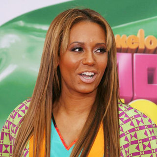 Melanie Brown in Nickelodeon's 2011 Kids Choice Awards