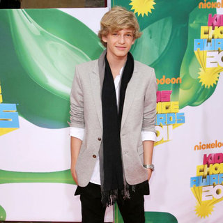 Cody Simpson in Nickelodeon's 2011 Kids Choice Awards