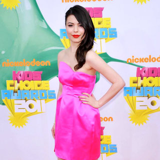 Miranda Cosgrove in Nickelodeon's 2011 Kids Choice Awards