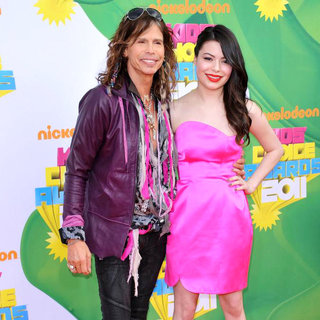 Steven Tyler, Miranda Cosgrove in Nickelodeon's 2011 Kids Choice Awards