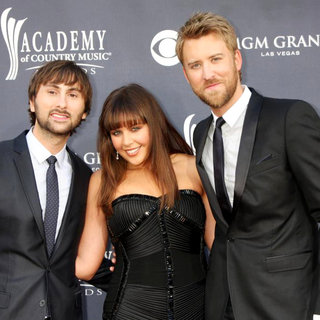 Lady Antebellum in The Academy of Country Music Awards 2011 - Arrivals