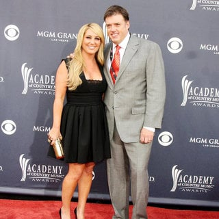 Lee Ann Womack, Frank Liddell in The Academy of Country Music Awards 2011 - Arrivals