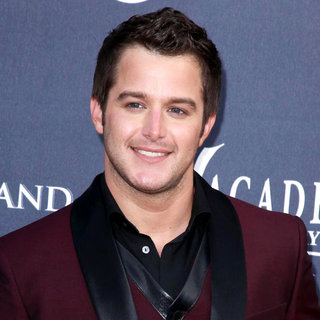 Easton Corbin in The Academy of Country Music Awards 2011 - Arrivals