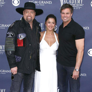 Montgomery Gentry in The Academy of Country Music Awards 2011 - Arrivals - wenn3280280