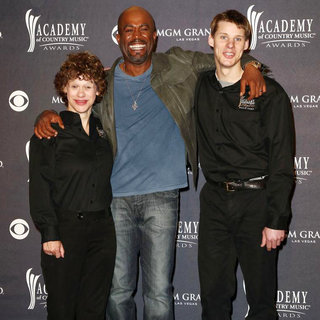 Betsy James, Darius Rucker, Jimmy Clarke in The Academy of Country Music Awards 2011 - Press Room