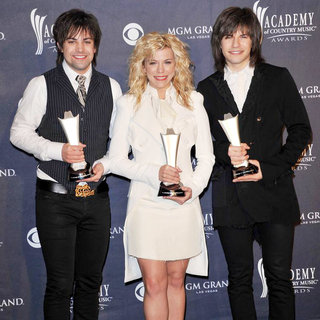 The Band Perry in The Academy of Country Music Awards 2011 - Press Room