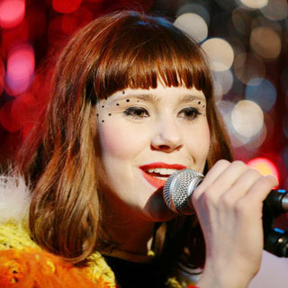 Kate Nash Performs Live at Bethnal Green Working Men's Club