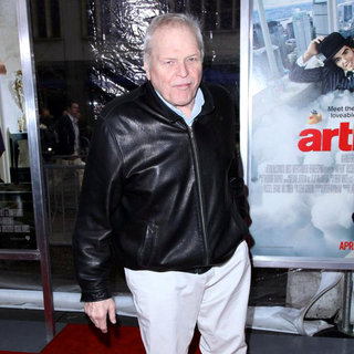 Brian Dennehy in New York Premiere of 'Arthur' - Arrivals