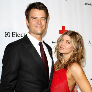 Josh Duhamel, Stacy Ferguson in The American Red Cross: Santa Monica Chapter's Annual Red Tie Affair - Arrivals