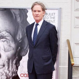 "Kevin Kline in World Premiere of The ""The Conspirator"" - Arrivals - wenn3289347"