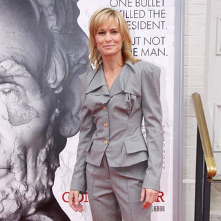 "Robin Wright Penn in World Premiere of The ""The Conspirator"" - Arrivals"