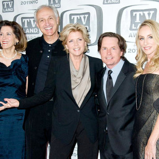 Elza Bergeron, Michael Gross, Meredith Baxter, Michael J. Fox, Tracy Pollan in The 9th Annual TV Land Awards