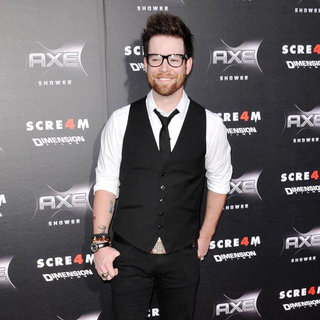 David Cook in World Premiere of 'Scream 4' - Arrivals