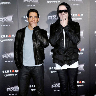 Eli Roth, Marilyn Manson in World Premiere of 'Scream 4' - Arrivals