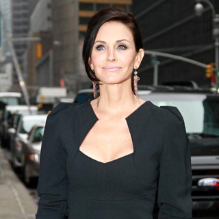 Courteney Cox in 'The Late Show with David Letterman' at The Ed Sullivan Theatre - Arrivals
