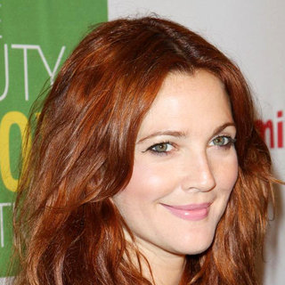 Drew Barrymore in Kimberly Snyder Book Launch Party for 'The Beauty Detox Solution'