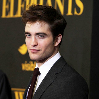 Robert Pattinson in The World Premiere of 'Water for Elephants' - Arrivals