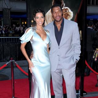 Nicole Murphy, Michael Strahan in The World Premiere of 'Water for Elephants' - Arrivals