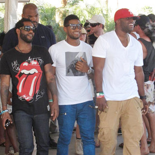 Usher in Celebrities at The 2011 Coachella Valley Music and Arts Festival - Day 3