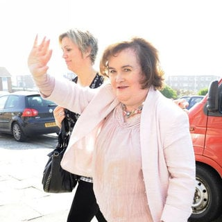 Susan Boyle Arrives at a Hotel in Blackpool