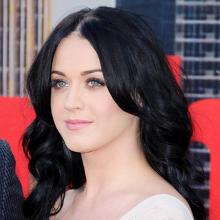 Katy Perry - UK Film Premiere of 'Arthur'