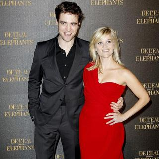 Robert Pattinson, Reese Witherspoon in Paris Premiere of Movie 'Water for Elephants'