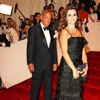 Penelope Cruz - Alexander McQueen: Savage Beauty Costume Institute Gala
