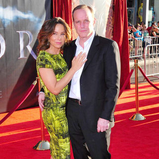"Jennifer Grey, Clark Gregg in Los Angeles Premiere of ""Thor"" - Arrivals"