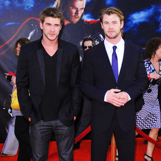 "Liam Hemsworth, Chris Hemsworth in Los Angeles Premiere of ""Thor"" - Arrivals"