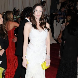 Liv Tyler in Alexander McQueen: Savage Beauty Costume Institute Gala