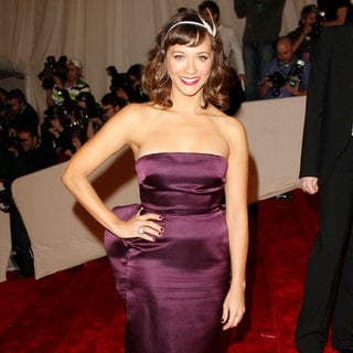 Rashida Jones in Alexander McQueen: Savage Beauty Costume Institute Gala