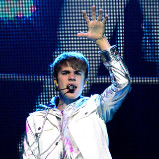 Justin Bieber - Justin Bieber Performing His 'My Worlds' Concert