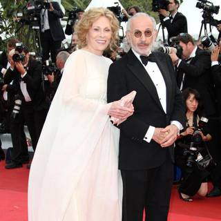 Faye Dunaway, Jerry Schatzberg in 2011 Cannes International Film Festival - Day 1 Opening Ceremony and Midnight in Paris Premiere