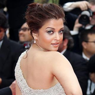 Aishwarya Rai in 2011 Cannes International Film Festival - Day 1 Opening Ceremony and Midnight in Paris Premiere
