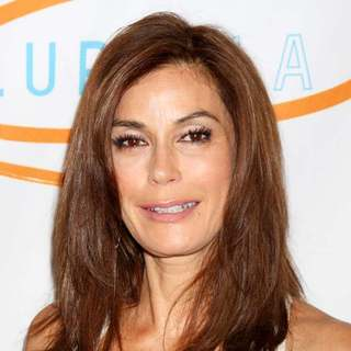 Teri Hatcher in The 11th Annual Lupus LA Orange Ball - Arrivals - wenn3338661